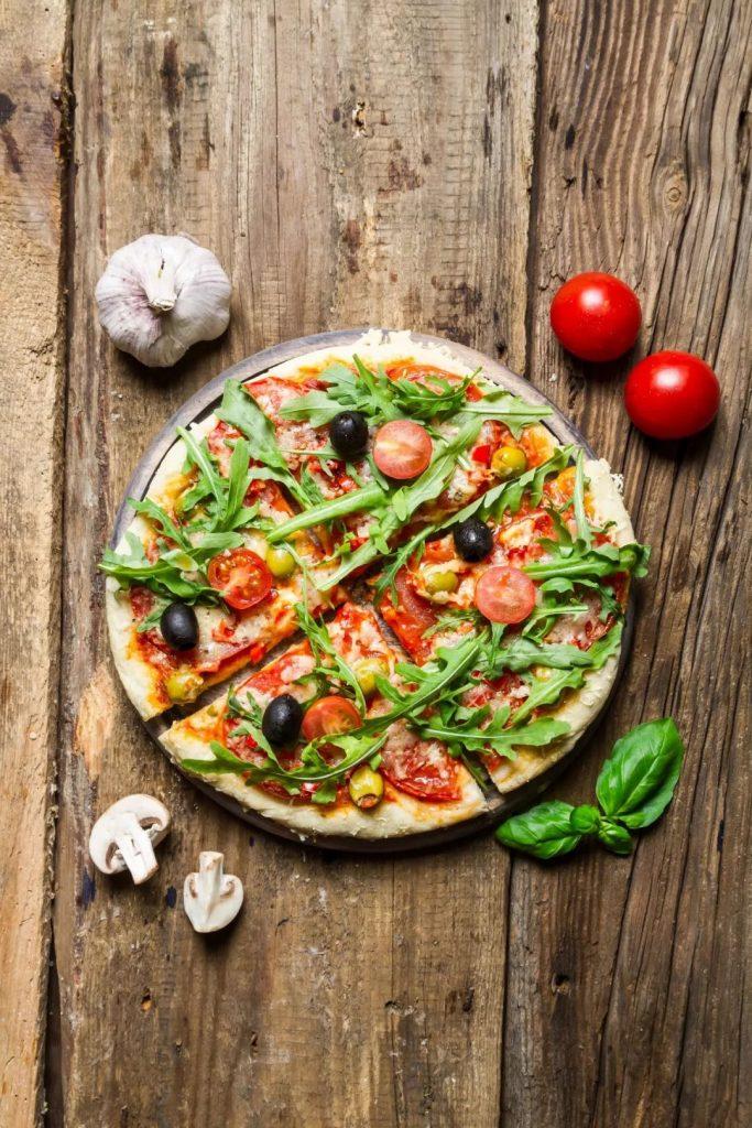 raw plus pizza